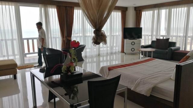 โรงแรม  hotel-สำหรับ-ขาย-นาจอมเทียน-l--na-jomtien 20170915141803.jpg